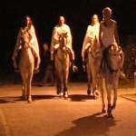 Dama Bianca Pace a Cavallo